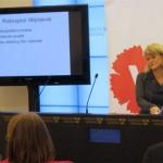 Ulla Andersson presenterar (v):s stimulanspaket